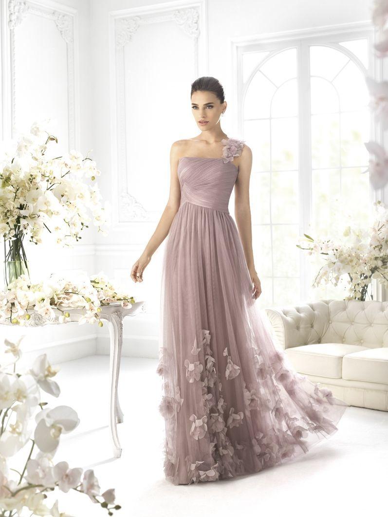 Гіпюрові мереживні випускні сукні