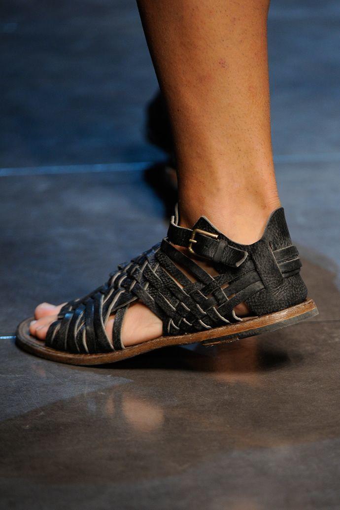 Чоловіче взуття тенденції весна-літо 2013 » Світ очима жінки 757436acf5490