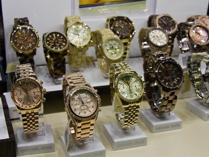 Як вибрати годинник - для себе або в подарунок » Світ очима жінки 7d2858c9f66f7